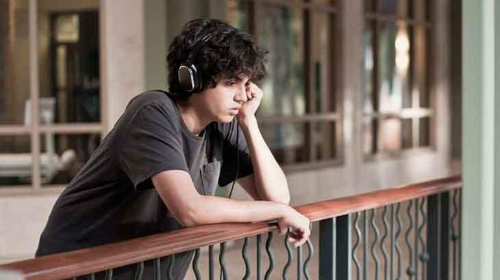 Özgüvenli Çocuklar Yetiştirelim Derken, Narsistlik/Depresif Bir Nesil Mi Oluşturduk?