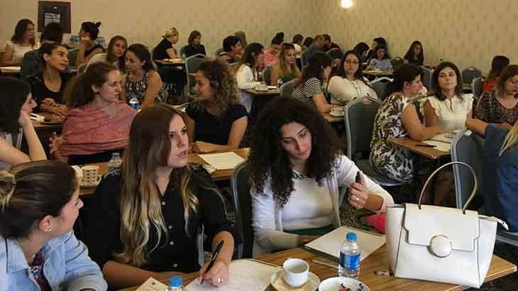 Çözüm Odaklı Terapi Eğitimi İle Yönder Okulları ve Küçük Şeyler Anaokulu Öğretmenleri İle Bir Araya Geldik